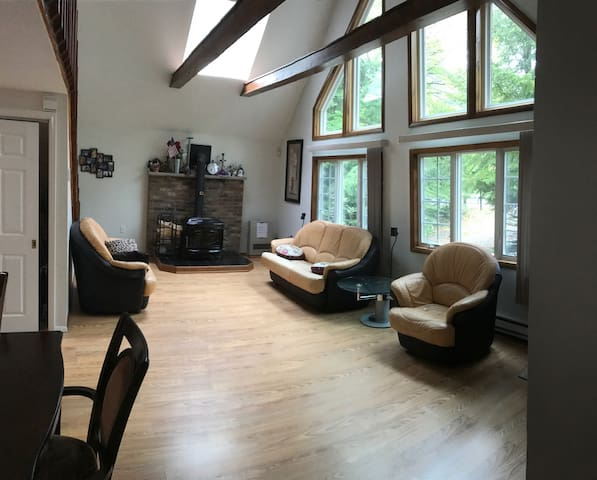 Mountain Chalet for your Camelback Ski stay - Tobyhanna