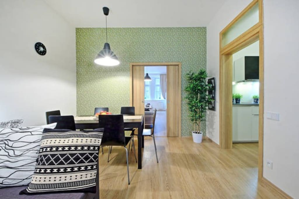 Quiet Apartment in the centre - Family friendly or for groups