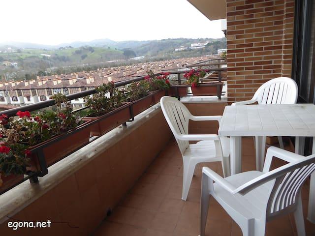 EGONA-Bonita vivienda con vistas