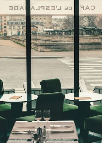 Close to the best café of Paris, Café de l'Esplanade.