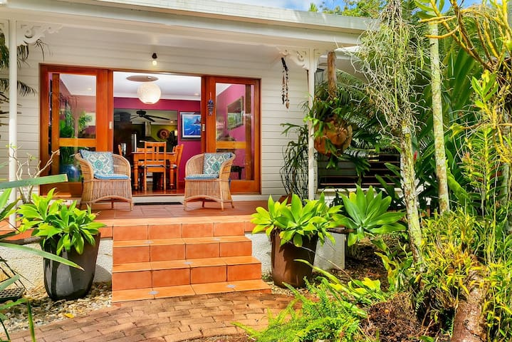 Ellie's House - Cairns