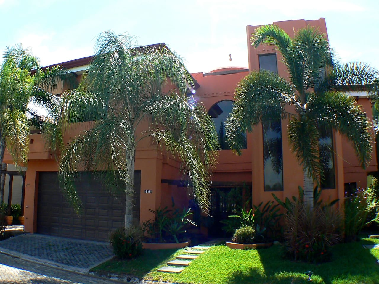 Front of Casa Tortuga #98 Hermosa Palms