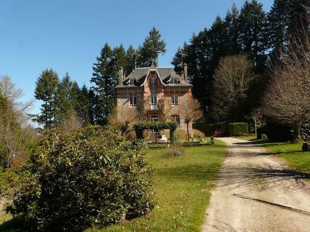 Belle maison de caractère - Meymac - Rumah