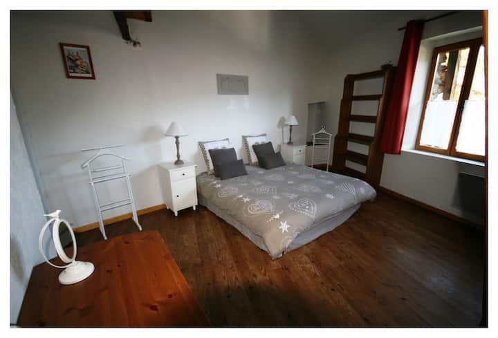 Chambres d' Hôtes au cœur des Pyrénées Ariègeoises