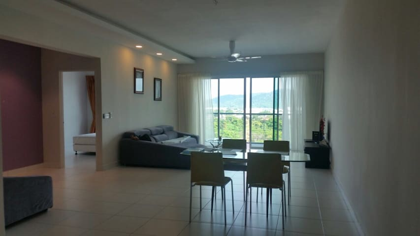 Entire condo suited for vacation or business trips - Bayan Lepas