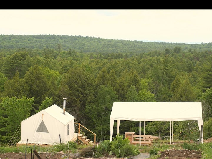 Tentrr Signature Site - Farm with a View and a Canopy