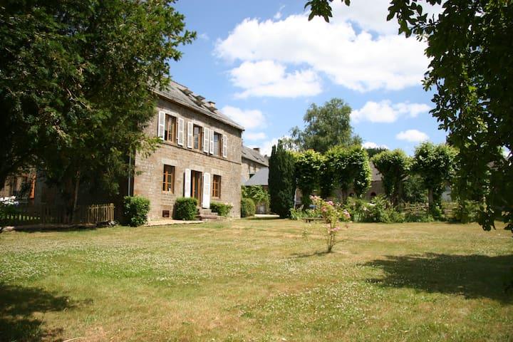 Montflori, Mayenne - Couesmes-Vaucé