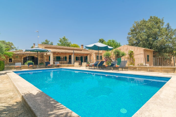 CAN MISTERO - Villa with private pool in MANACOR. Free WiFi