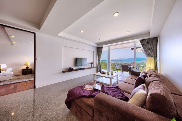 Living room area with view
