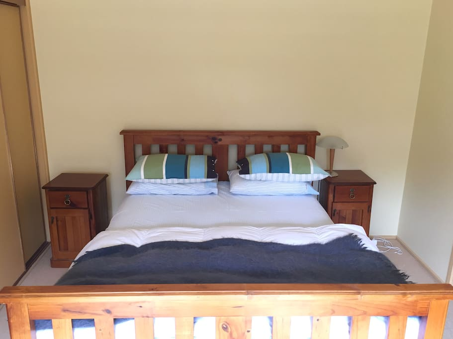 Main bedroom with Queen size bed and ensuite.