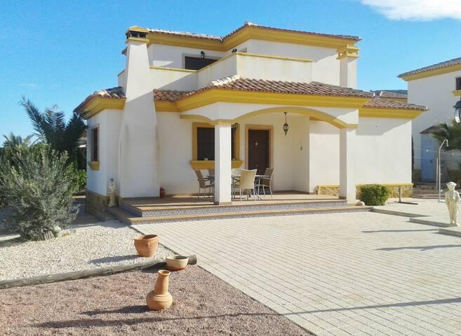 Cardelareo Villa - Hondón de las Nieves