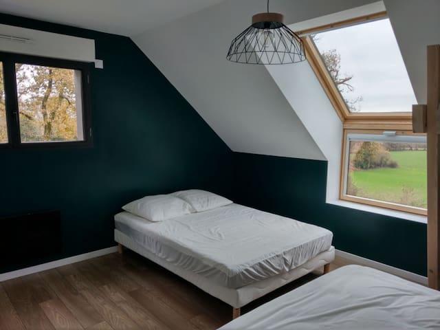 Chambre avec 2 lits de 140