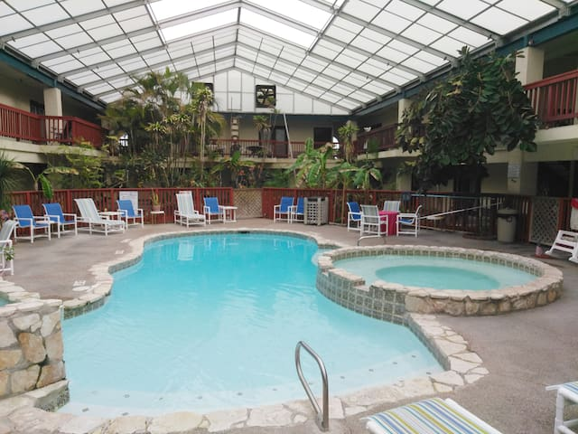 #109 Studio with Heated Pool & Hot Tub near Beach!