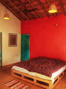 Authentic Goan style home near Morjim Beach - A/C