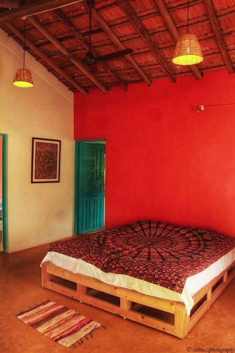 Authentic Goan style home near Morjim Beach - A/C