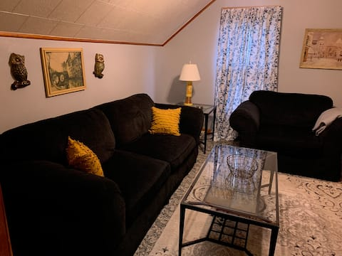 The Main Stay BnB is private upstairs Apartment
