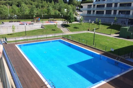 Piso Urbanización privada Oviedo - La Manjoya - Apartament