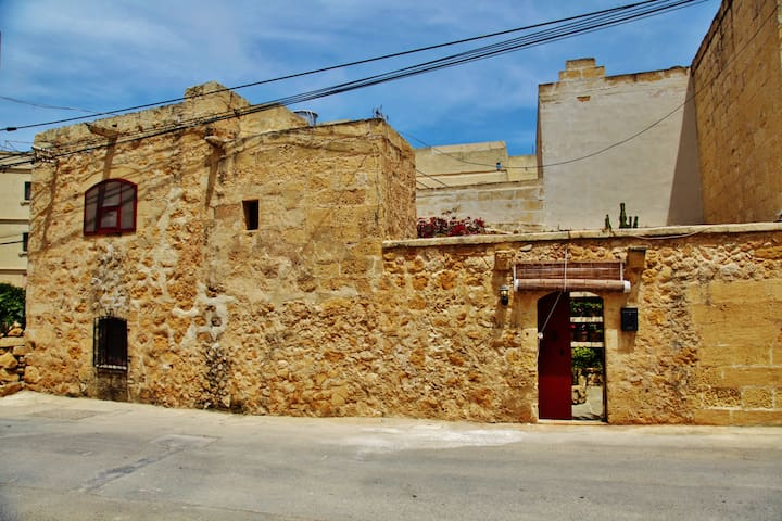'Mandy' Gozo Farmhouse