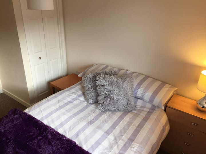 Cosy, quiet apartment, double room, great location