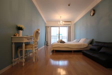 Sweet Luxe Flat: Roppongi Sta. 1 MIN FREE WIFI - Apartment