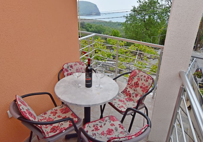 One bedroom Apartment, in Petrovac, Terrace