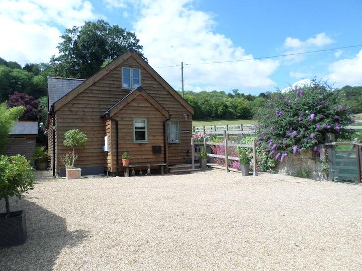 The Old Stables @ Linden Cottage, Streatley, Berks