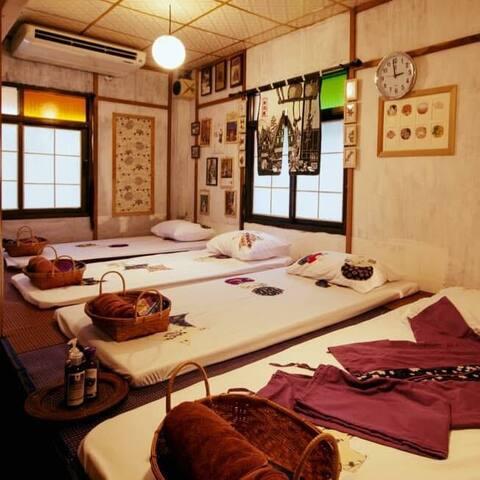 Japan style hostel