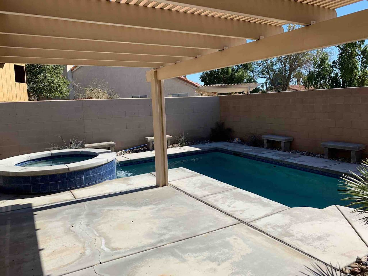 Coachella Fest home 1.5 miles with beautiful pool