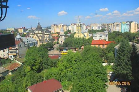 1-но комнатная квартира(центр города, новостройка) - Ivano-Frankivsk