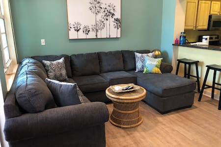 Summertime in the Key! Pet Friendly 3br/1ba condo