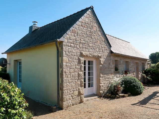 Holiday home in Plounevez-Lochrist for 2 persons