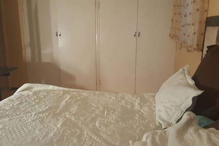 Big Private Room Ensuite - Germiston