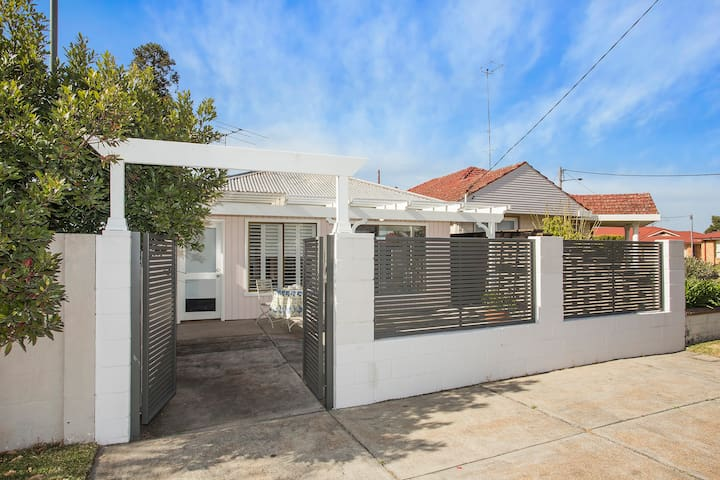Ali's Cottage - Cessnock - Appartement