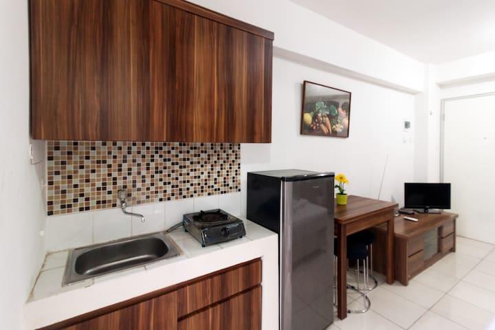 Best Deal Studio Room At Apartment Green Bay Pluit - Penjaringan