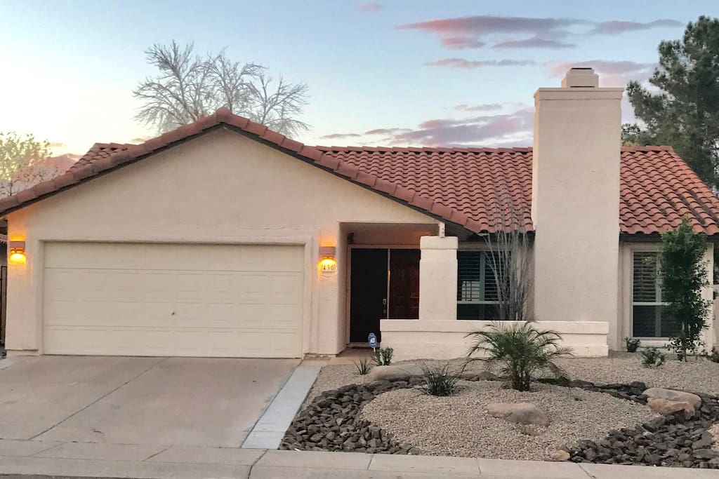 Beautiful N Tempe/S Scottsdale home