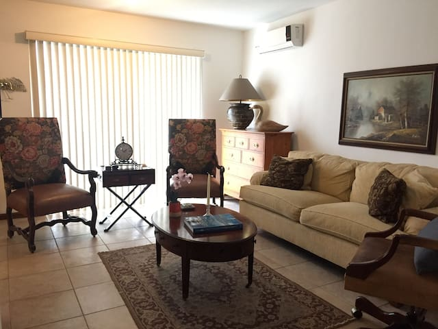Elegant and comfortable in the heart of San Pedro