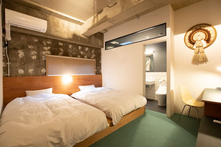 ..★ Earthmans apt 502 near  Shinsaibashi EMA