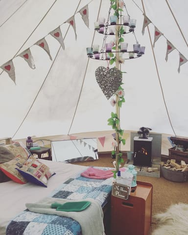 Bell tent/tipi on working farm + stove & electric