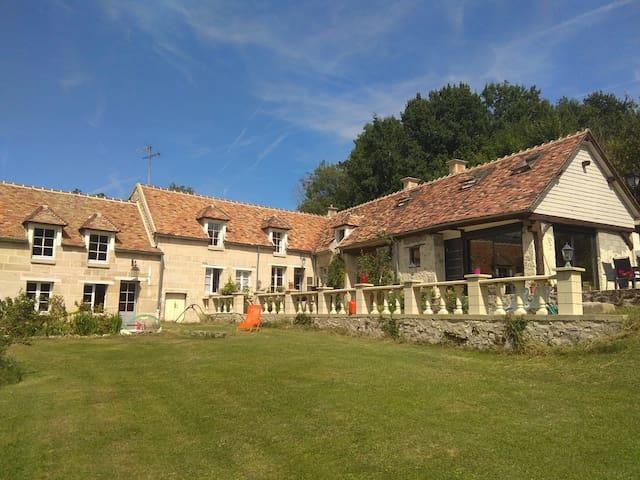 Extension d'une longère du XVIIIe (50km de Paris)