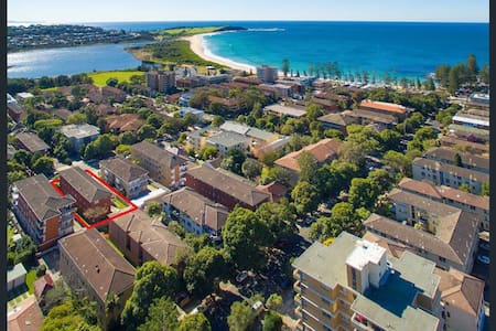 RENOVATED Dee Why Apartment (Long Term Available) - Dee Why - Apartamento