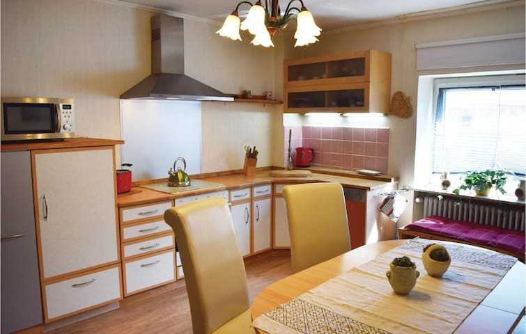 Holiday apartment with 4 bedrooms on 120m² in Pelm