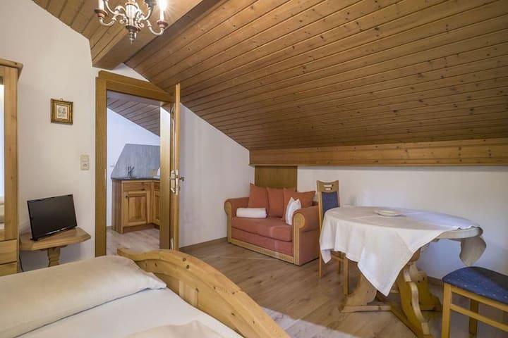Snug Apartment in Ellmau with Balcony