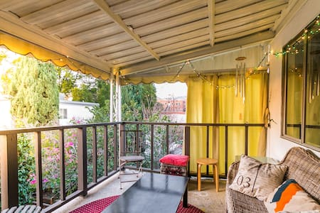 Peaceful apartment in duplex - West Hollywood - Huoneisto