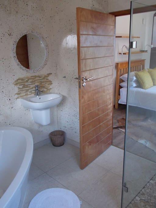 Room 2 En Suite