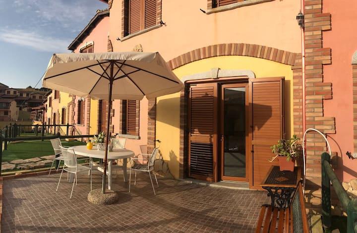 Villa Le Conchiglie Con Piscina Condominiale Townhouses For Rent In Nebida Sardegna Italy