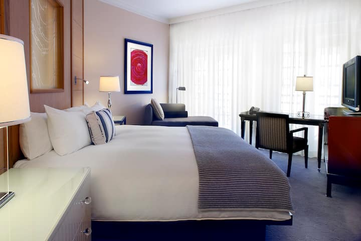 SOFITEL LOS ANGELES **** SUPERIOR KING BED ROOM