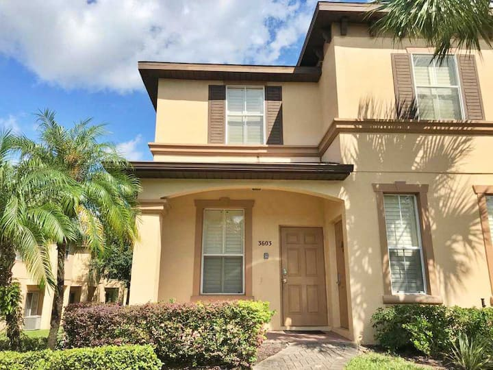 4Bed 3.5Bath Townhouse close to Disney - CLB603