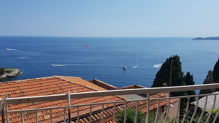2 pièces tout confort vue panoramique mer!!!