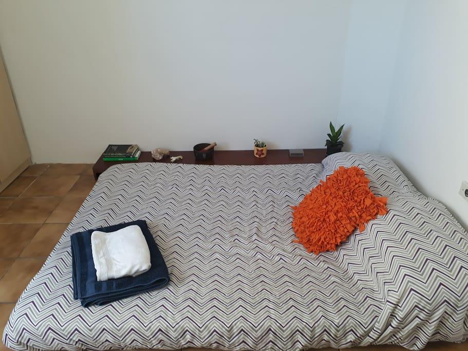 Quarto privativo cama de casal