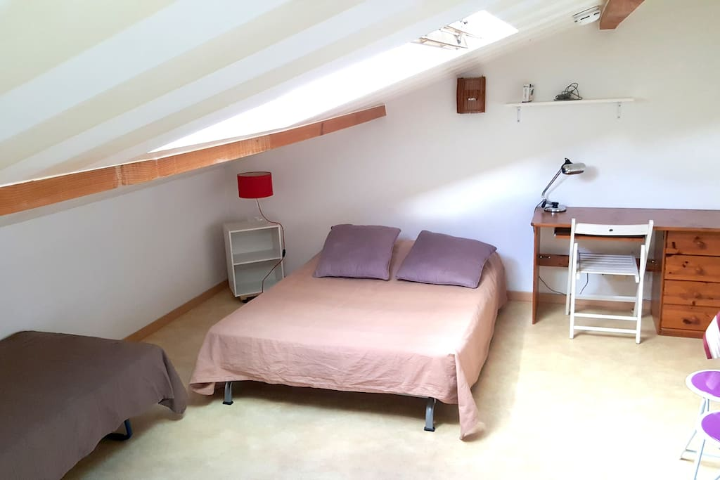studio meubl proche biarritz 24 wohnungen zur miete in anglet aquitanien frankreich. Black Bedroom Furniture Sets. Home Design Ideas